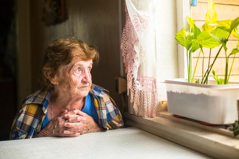 одинокая бабушка