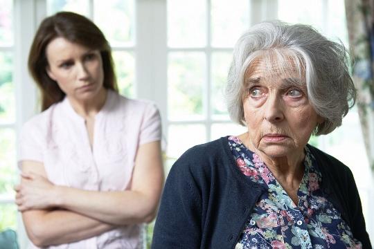 больная старушка