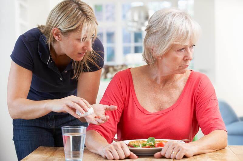 забота за пожилым с деменцией